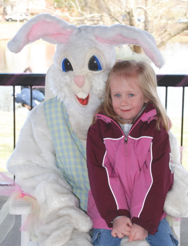 Easter_bunny_with_friend